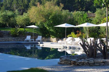Week-end détente et luxe à proximité des Baux-de-Provence 6d77a705ed0