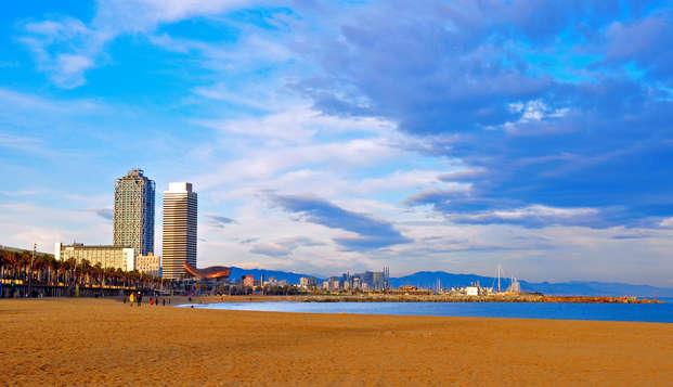 Minivacaciones frente al mar en la ciudad de Barcelona