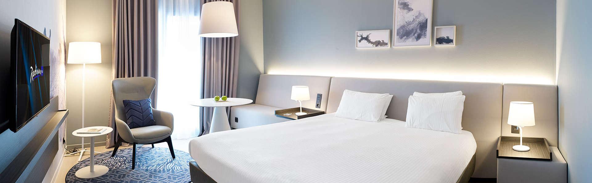 Radisson Blu Palace Hotel - EDIT_NEW_JUNIORSUITE.jpg