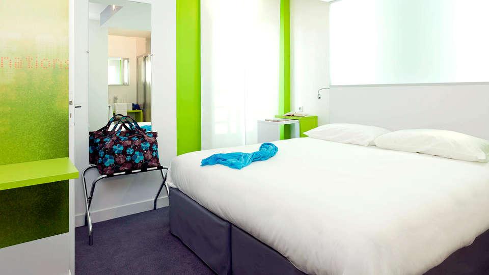 Ibis Styles Gare Vannes Centre - Edit_Room2.jpg