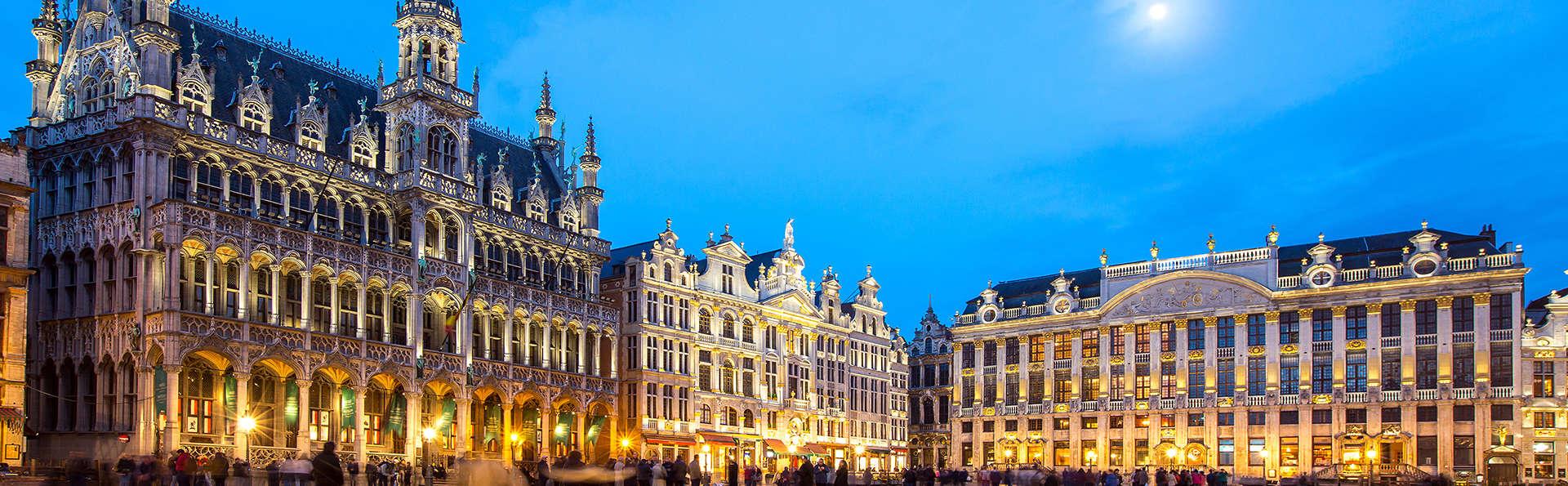 Romantisme à Bruxelles dans un hôtel de luxe avec dîner et cava