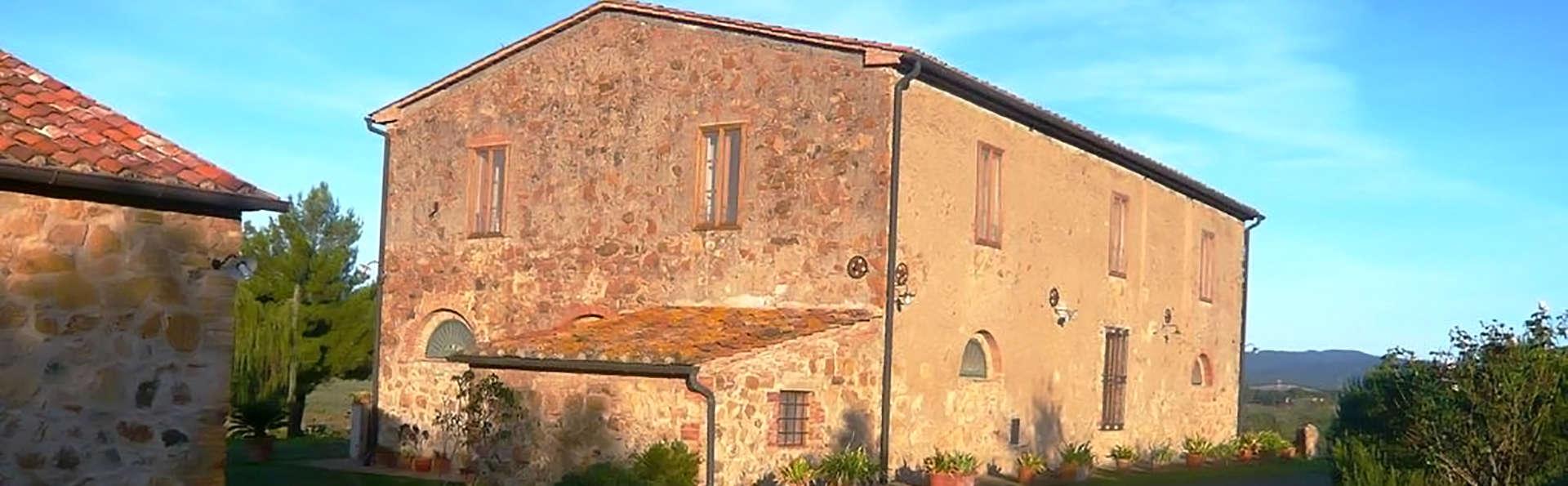 Agriturismo Casa Montecucco - Edit_Front.jpg
