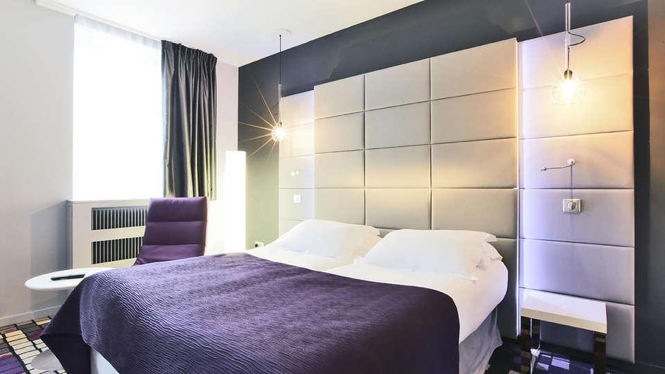 Kyriad Prestige Dijon Centre - Edit_Room4.jpg