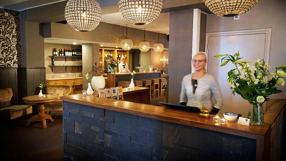Hotel Gulpen - EDIT_NEW_Reception.jpg