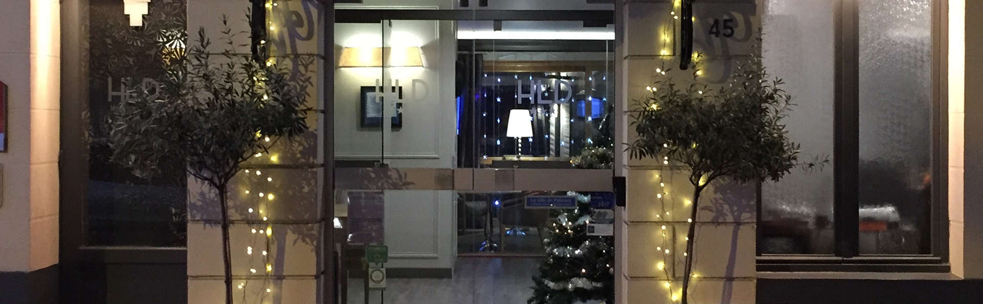 Hôtel le Dauphin  - EDIT_NEW_Front2.jpg