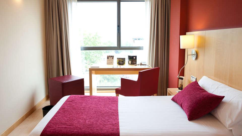 Hotel Sercotel Portales - Edit_Room2.jpg