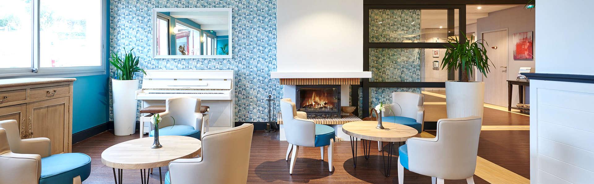 Hôtel Le Biarritz - EDIT_NEW_LOBBY.jpg