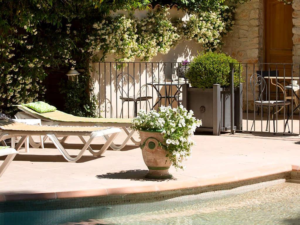 Séjour Gard - Week-end dans un havre de paix à Nîmes  - 3*
