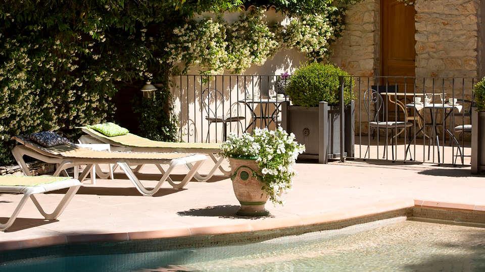 Le Pré Galoffre - Edit_Pool2.jpg