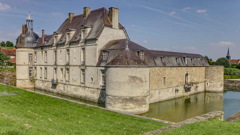 Château d'Etoges  - Edit_Destination.jpg