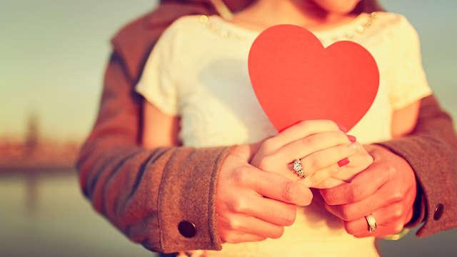 Spécial Saint Valentin: Séjour en amoureux supérieur dans un luxueux hôtel avec dîner et soin