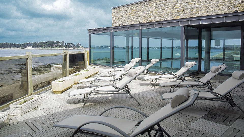 Week end en bord de mer roscoff avec 1 acc s au spa pour 2 for Week end appart hotel