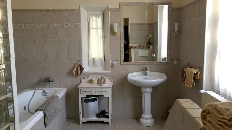 Château du Martinet - EDIT_NEW_Bathroom6.jpg