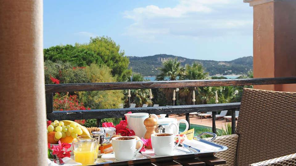 Hotel Le Ginestre - Edit_Breakfast.jpg