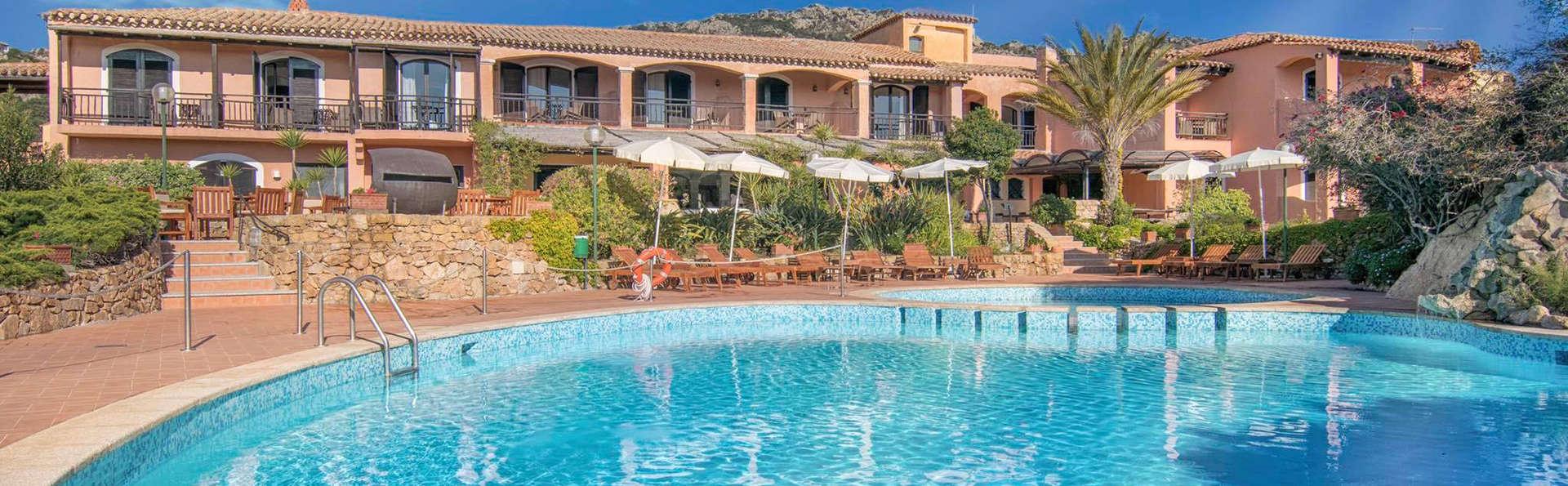 Économisez sur les longs séjours à Porto Cervo dans un bel hôtel en Sardaigne (à partir de 2 nuits)