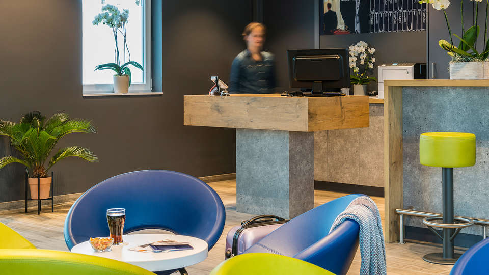 IBIS Budget Blankenberge - Edit_Reception.jpg