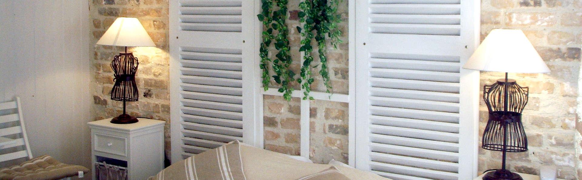 L'Auberge Normande - Edit_Room2.jpg