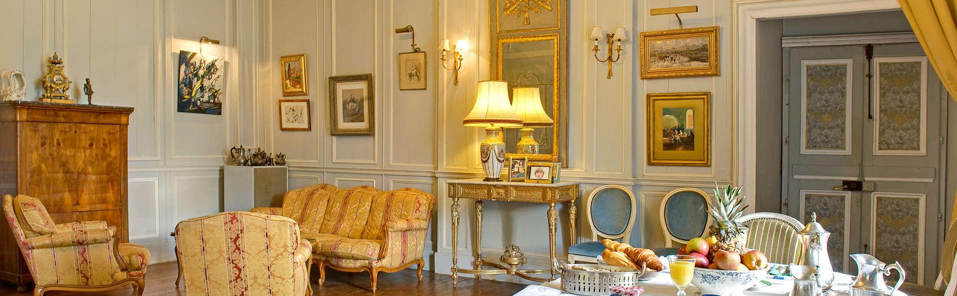 Le Château du Bois Glaume - Edit_Lobby.jpg