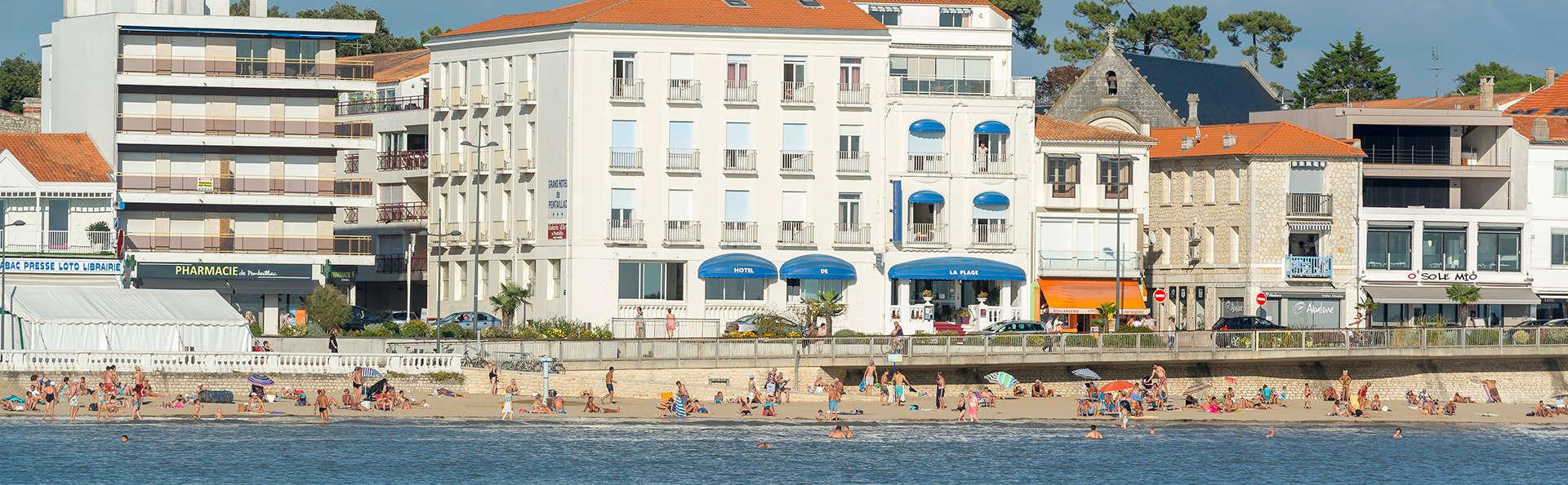 Le Grand Hôtel de la Plage - Edit_Front3.jpg