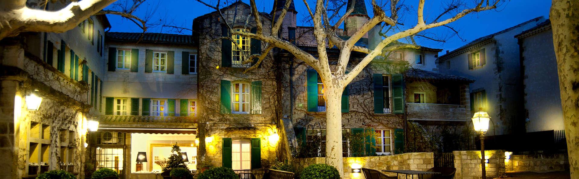 Week-end prestige en suite et dîner gastronomique 5 plats en restaurant étoilé près d'Avignon