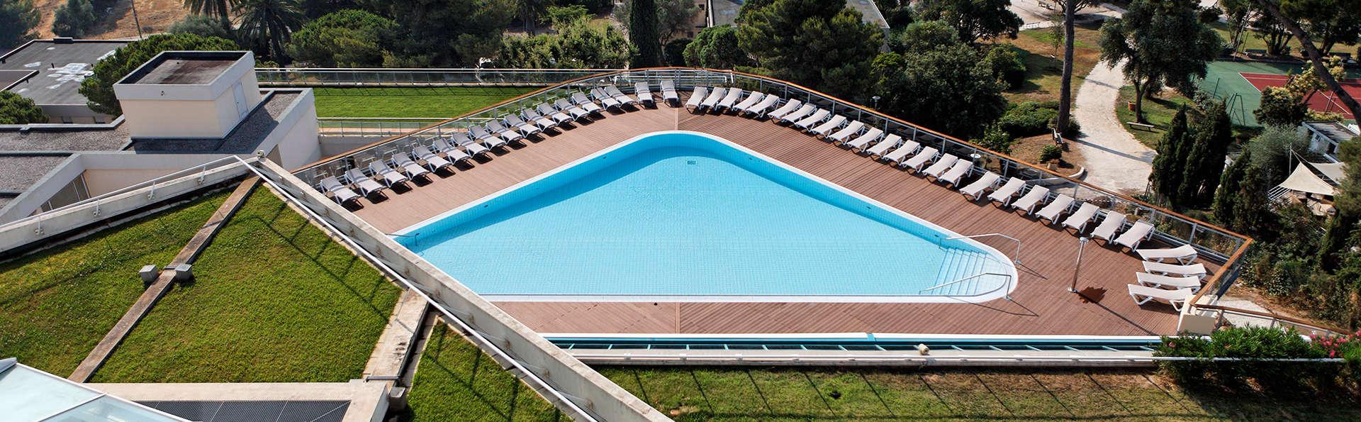 La Font des Horts - BTP Vacances - Edit_Pool2.jpg