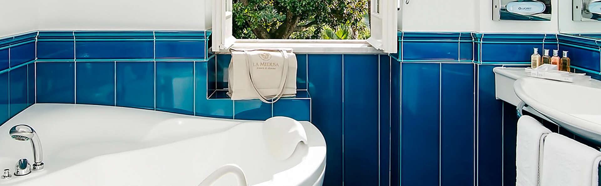 Hôtel de luxe avec bain à hydromassage en chambre sur les pentes du Vésuve