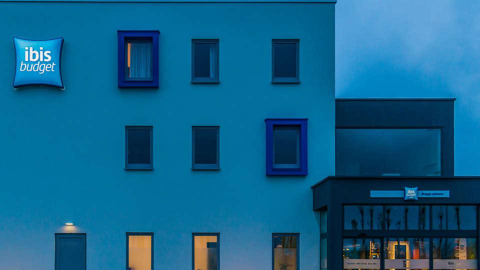 Ibis Budget Brugge Jabbeke - Edit_Front2.jpg