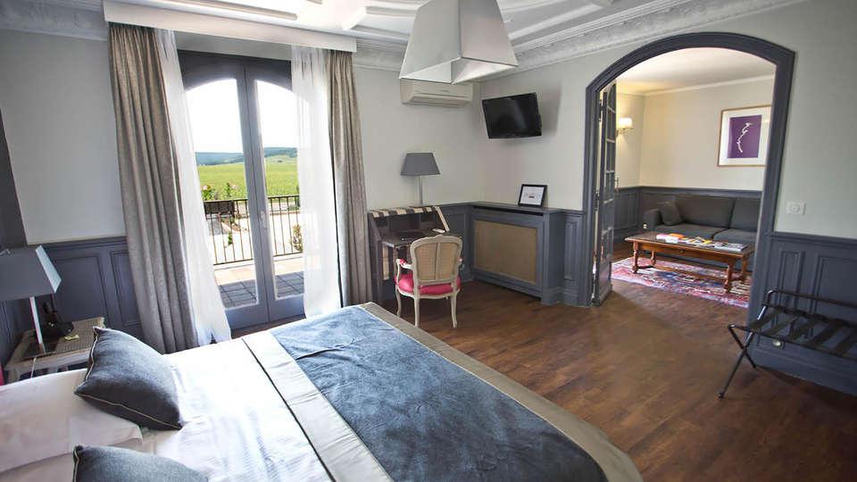 L'Ermitage de Corton - Edit_Room3.jpg