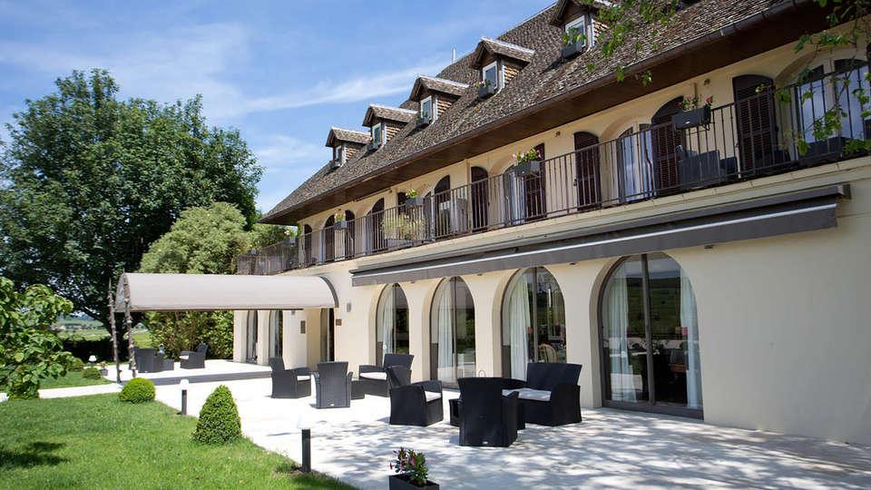 L'Ermitage de Corton - Edit_Front2.jpg
