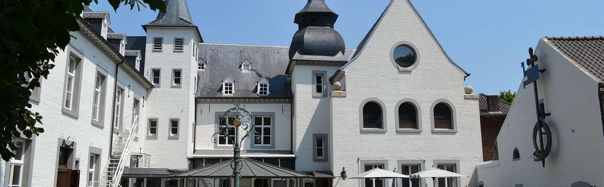 Dîner dans un ancien château dans le Limbourg néerlandais (à partir de 2 nuits)