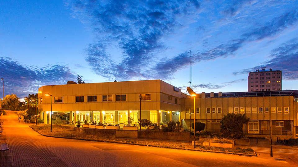 Hotel Avenida 3* Superior - Edit_Front2.jpg
