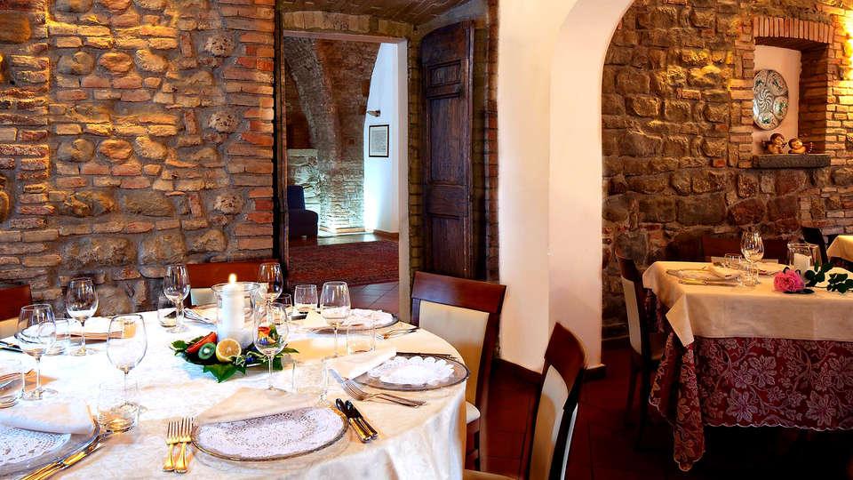 Lo Spedalicchio - Edit_Restaurant.jpg
