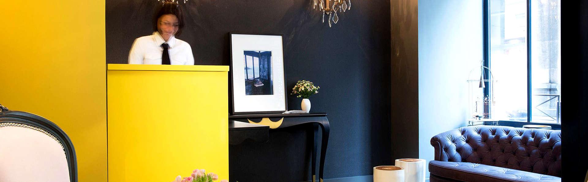 les plumes h tel 4 paris france. Black Bedroom Furniture Sets. Home Design Ideas