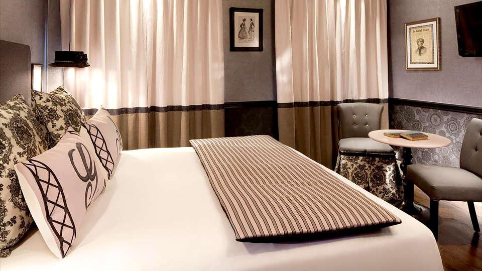 Les Plumes Hôtel  - Edit_Room8.jpg