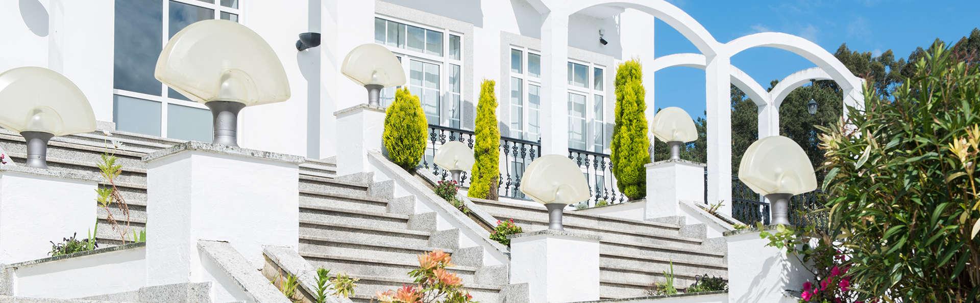 Hotel O Val Do Naseiro - EDIT_NEW_FRONT3.jpg