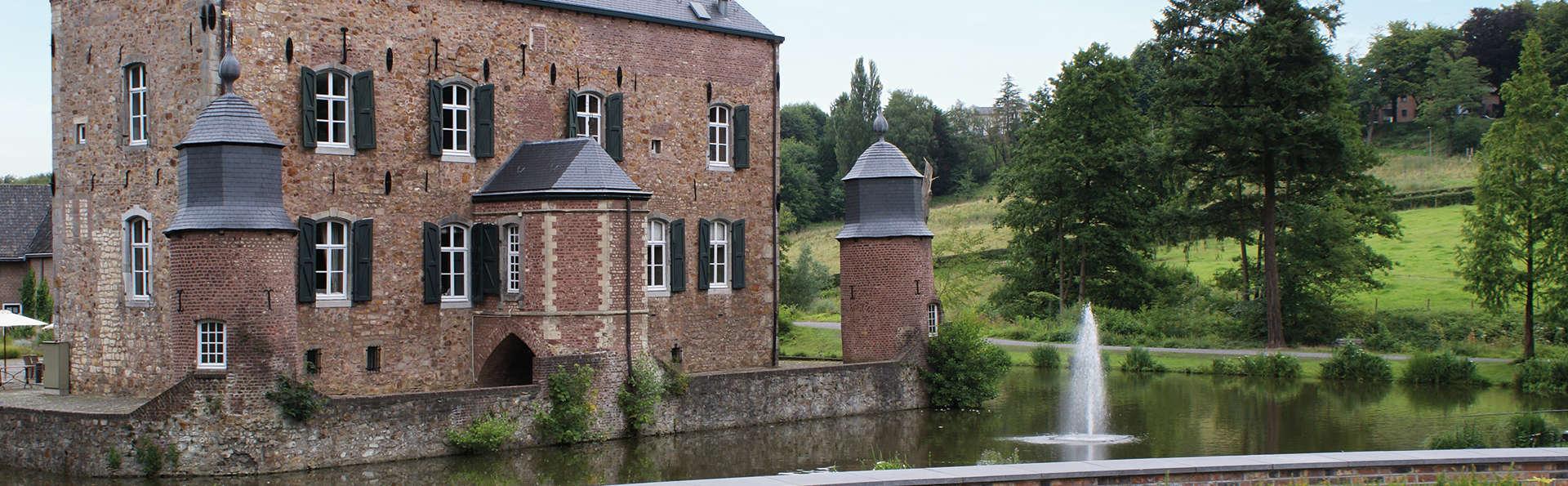 Séjour de luxe dans un château du 14ème siècle à Kerkrade