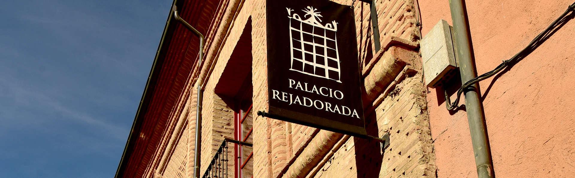 Posada Palacio Rejadorada - Edit_Front.jpg