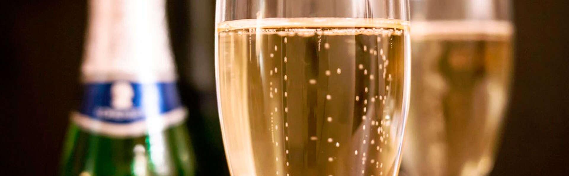 Week end romantique avec demi bouteille de champagne à Nîmes