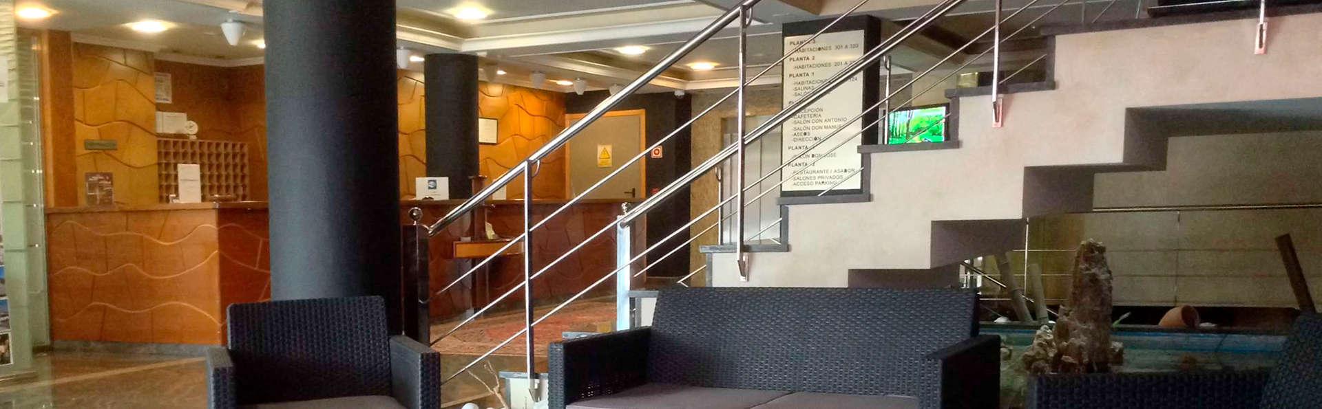 Hotel Alfonso I - edit_lobby.jpg