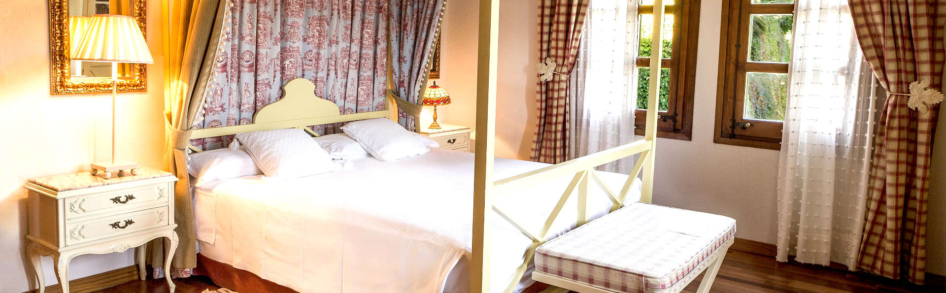 Luxe in een suite met welkomstglaasje in de Pyreneeën