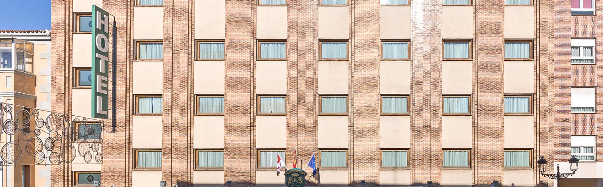 Hotel Exe Reina Isabel - Edit_Front2.jpg