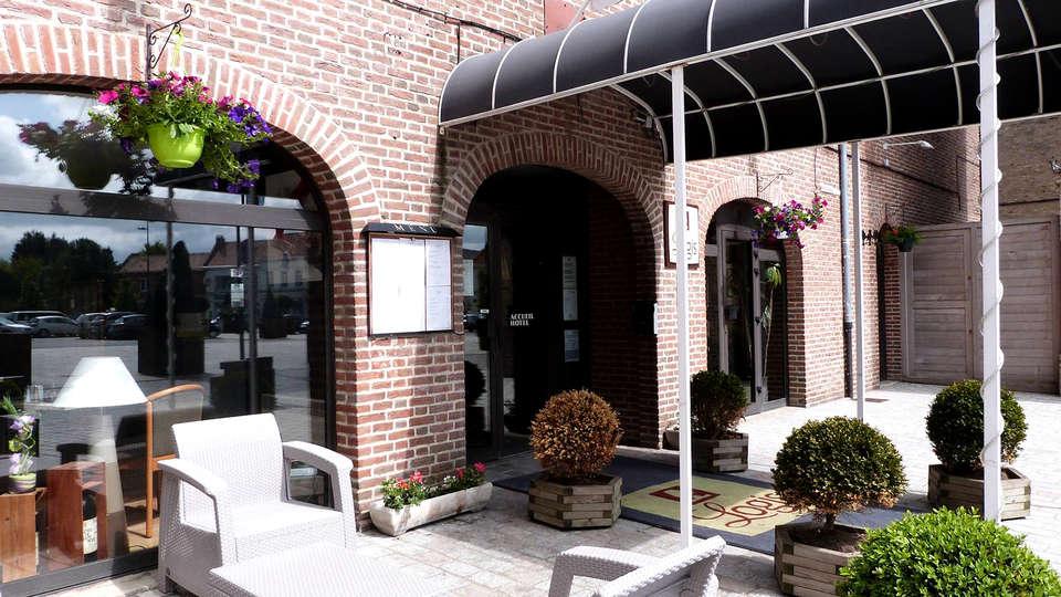 Logis Hôtel du Beffroi - Edit_Front3.jpg