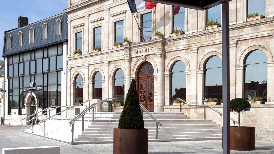 Logis Hôtel du Beffroi - Edit_View.jpg