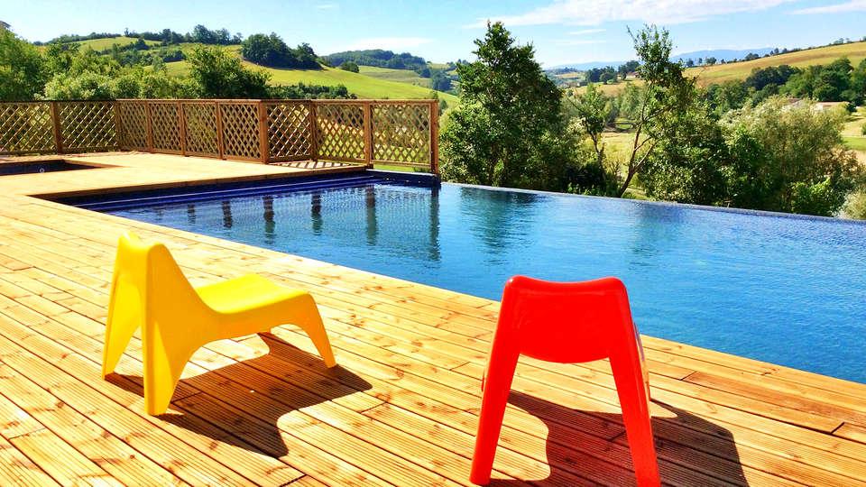 L'Oustal del Carlat - Edit_Pool3.jpg