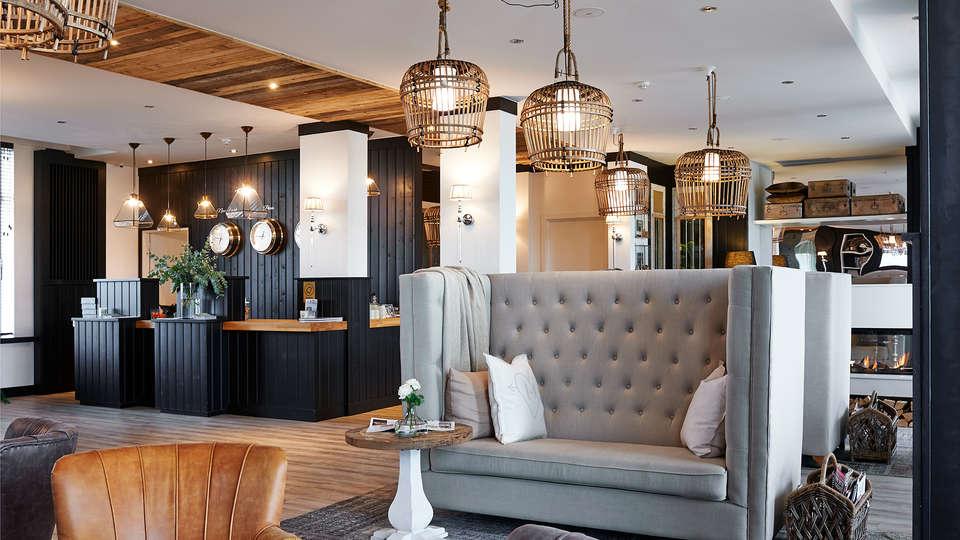 C-Aparthotel Zon en Zee - edit_new_lobby.jpg