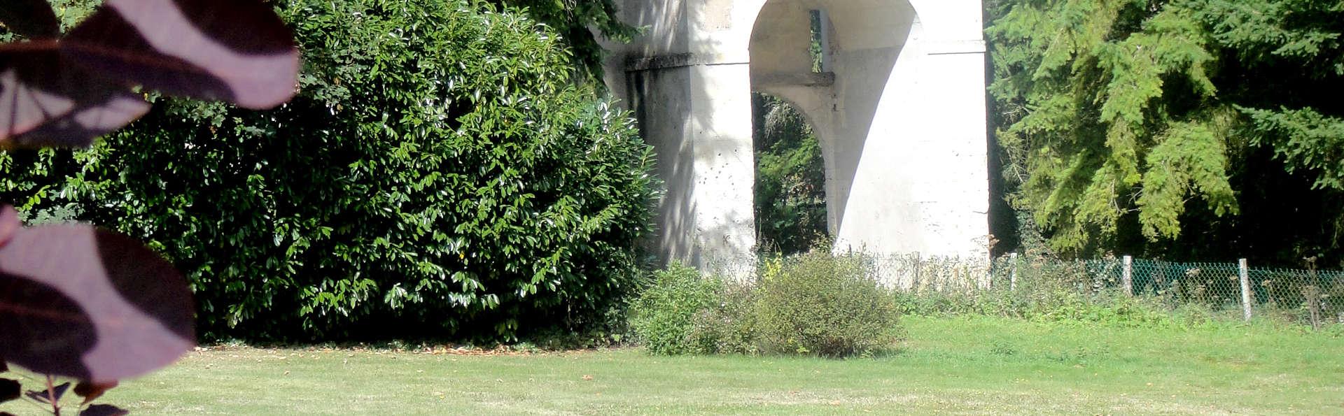 Manoir de la Forêt - Edit_Garden.jpg