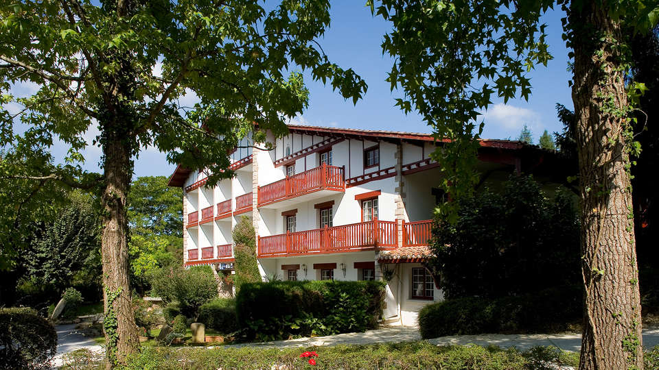 Hotel The Originals Argi-Eder (ex Relais du Silence) - Edit_Front.jpg