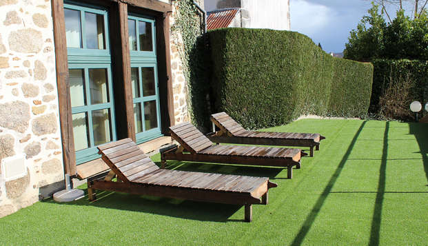 Relais du Silence Auberge La Tomette - Terrace