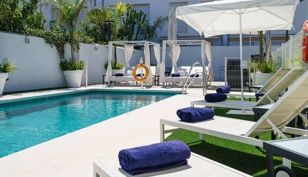 Escapada en Hotel Boutique de lujo con jacuzzi, piscina y mucho más en Torremolinos, Málaga