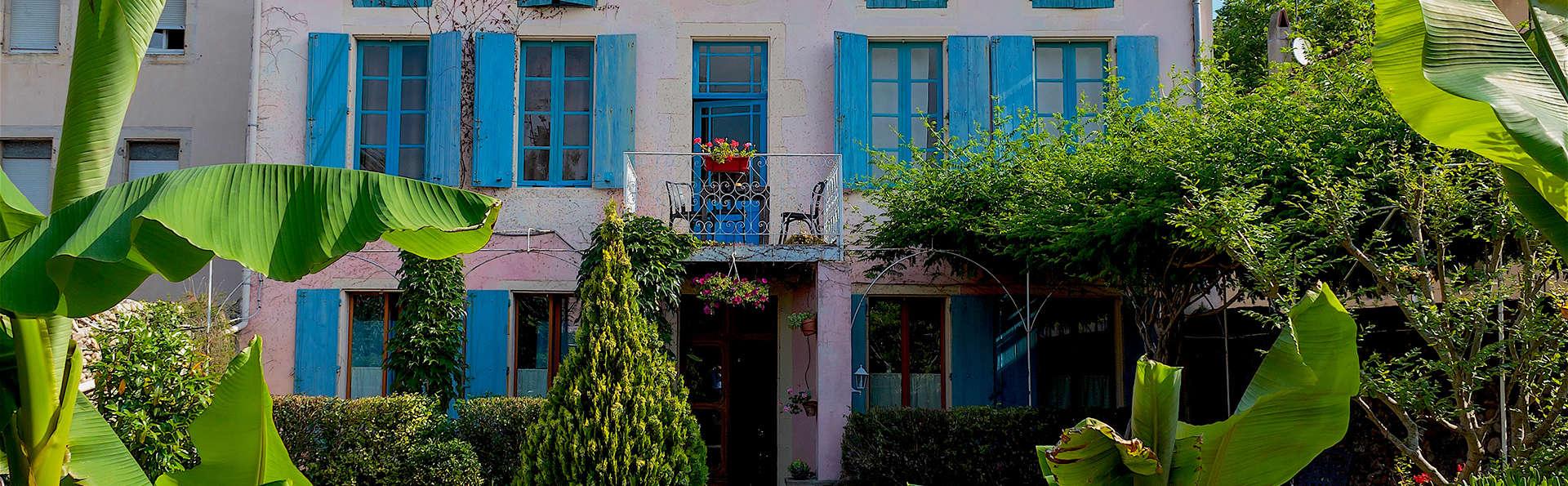 Week-end en chambres d'hôtes, dans un village cathare aux portes des Pyrénées (2 nuits minimum)